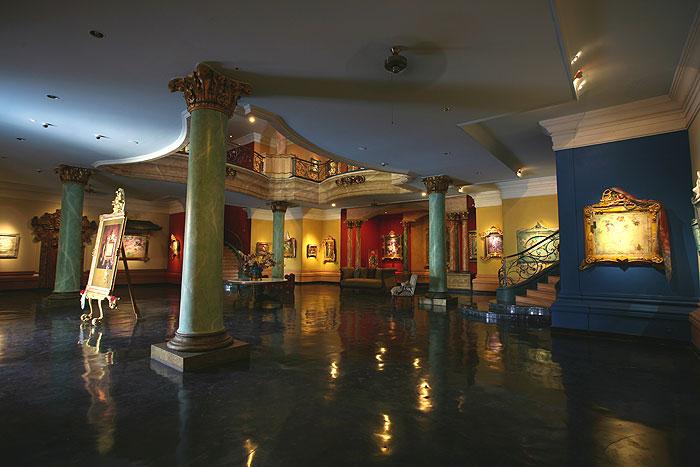 Blanco Renaissance Museum, Bali (2021) - Images, Timings